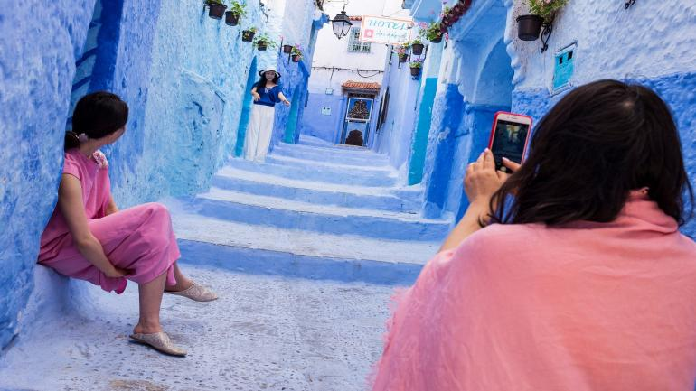 Morocco. Chefchaouen. Daily Life. (Photo by: Hermes Images/AGF/Universal Images Group via Getty Images)