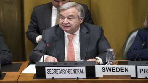 """United Nations (UN) Secretary General Antonio Guterres addresses the Conference on Disarmament on February 26, 2018 at the UN building in Geneva. - The United Nations secretary-general on February 26 demanded the immediate implementation of 30-day ceasefire in Syria as the Damascus regime continued its deadly bombardment of the rebel-held Eastern Ghouta. UN chief Antonio Guterres praised the adoption of a Security Council resolution on February 24 calling for the truce but underscored """"Security Council resolutions are only meaningful if they are effectively implemented. (Photo by Jean-Guy PYTHON / AFP)"""